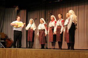 Gálaest (moldvai fellépés)