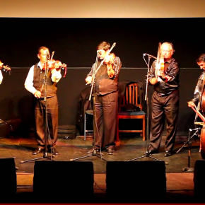 Koncert és táncoktatás a Százcsávási zenekarral